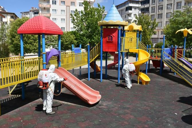 Gaziantep'te normalleşme sürecinde parklarda temizlik yapıldı