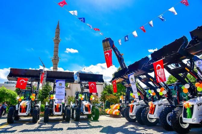 Malatya Büyükşehir Belediyesi araç filosuna yeni araçlar katıldı