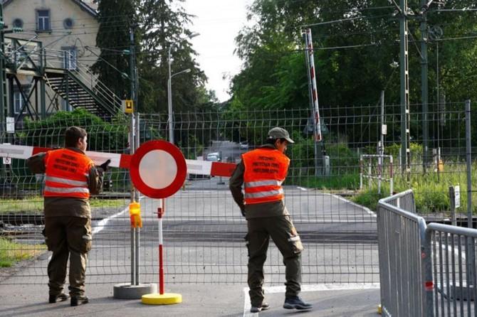 Avusturya yarından itibaren komşularına sınırlarını açıyor