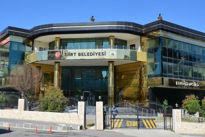 Kayyum atanan Siirt Belediyesi 54 çalışanını işten çıkardı