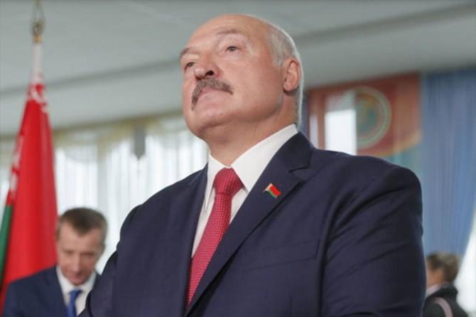 Belarus Devlet Başkanı hükümeti feshetti