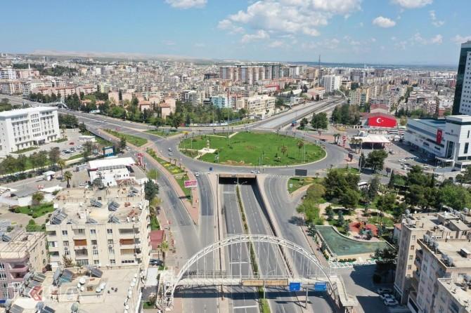 Şanlıurfa'da bir kuaför salonu ve 4 yerleşim yeri karantinaya alındı