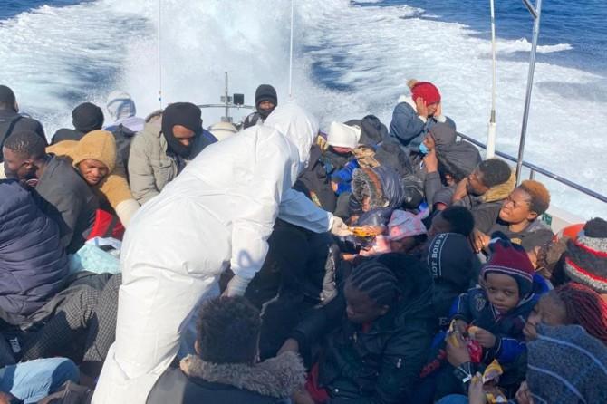 Sahil Güvenlik Komutanlığı: Çanakkale açıklarında 50 düzensiz göçmen kurtarıldı