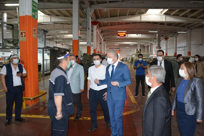 Gaziantep'teki fabrikalarda Covid-19 tedbirleri devam ediyor