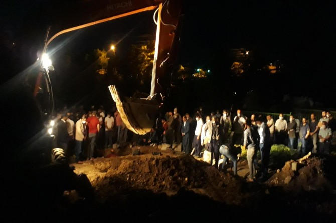 Çınar'da silahlı kavgada hayatını kaybedenler toprağa verildi