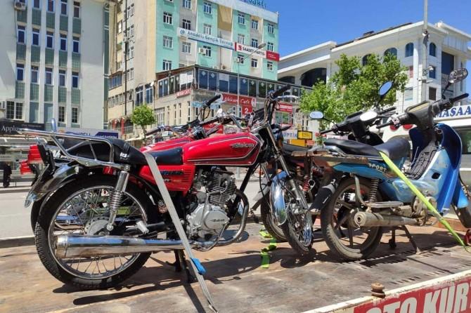 Adıyaman'da araç ve motosiklet denetimi gerçekleştirildi
