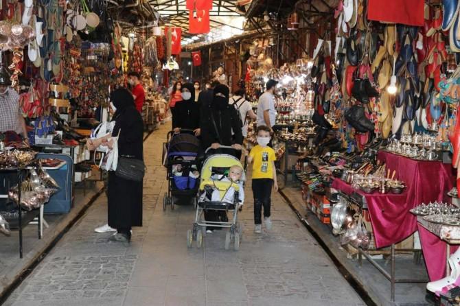 Gaziantepliler yasaksız ilk hafta sonunun tadını çıkarıyor