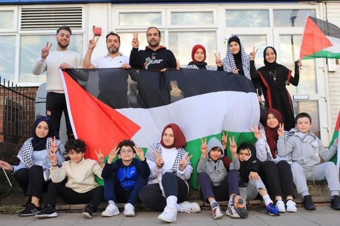 Filistinliler Londra'da en-Nekse'nin 53'üncü yıldönümünü andı