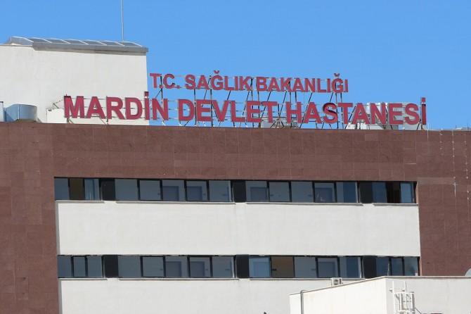 Mardin'de kaza yapan otomobildeki bebek öldü, anne ve babası ağır yaralandı