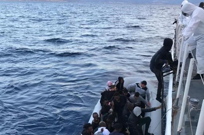 Sahil Güvenlik Komutanlığı: Çanakkale açıklarında 36 düzensiz göçmen kurtarıldı