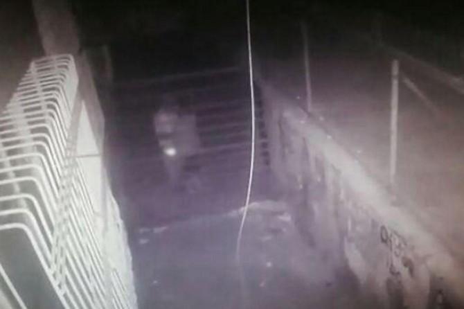 Diyarbakır'da bir çocuğa cinsel istismarda bulunan adam, esnaf tarafından yakalandı