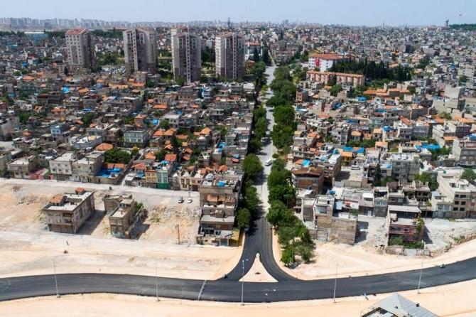 Gaziantep'te kent trafiğini rahatlatacak cadde trafiğe açıldı