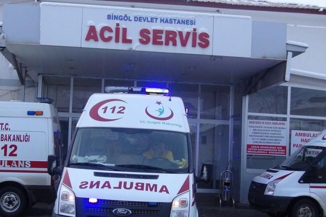 Karlıova'da kaza: 1 ölü, 1 yaralı