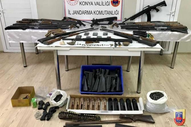 Konya'da silah operasyonunda 21 şüpheli gözaltına alındı