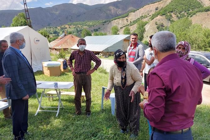 HÜDA PAR deprem bölgelerini ziyaret etti