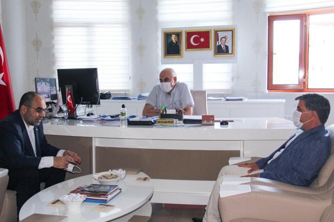 HÜDA PAR Diyarbakır İl Başkanı Aktaş, Sur mağdurlarının sorunlarını yetkililerle görüştü