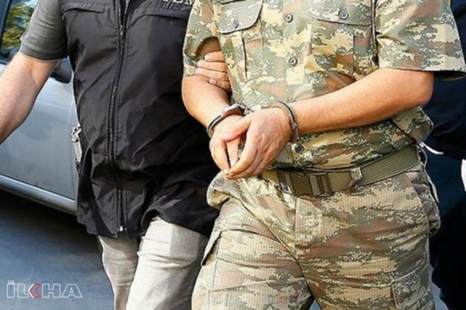 İzmir merkezli 56 ilde FETÖ operasyonunda 81 kişi tutuklandı
