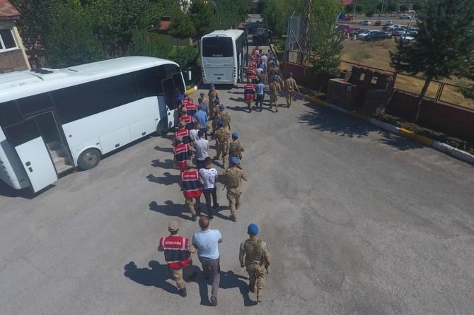 Bitlis'te 45 düzensiz göçmen yakalandı