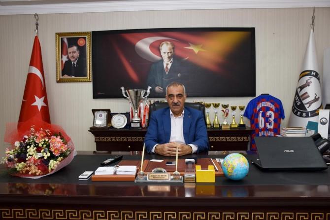Hilvan Belediye Başkanı Bayık mesaisine başladı