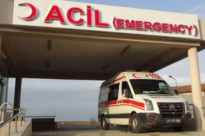 Van'da göçmenleri taşıyan minibüs kaza yaptı: 1 ölü 41 yaralı