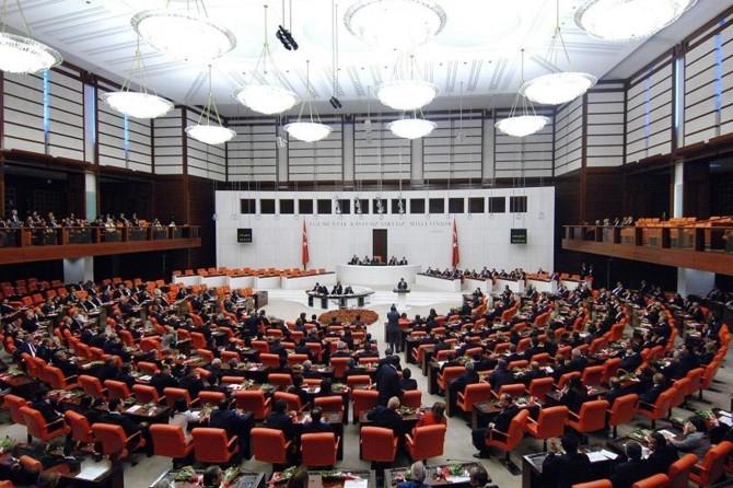 13 milletvekili hakkında dokunulmazlık fezlekesi TBMM'ye gönderildi