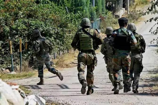 Pakistan'da silahlı saldırı: 2 ölü