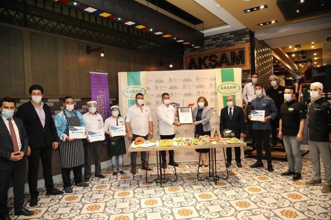 Gaziantep'te simitçilere hijyen sertifikası verildi