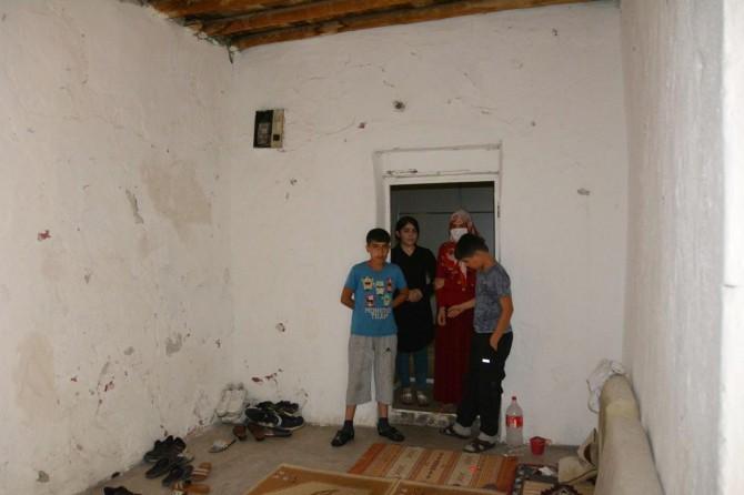 3 çocuklu yetim aile hayırseverlerin yardımını bekliyor