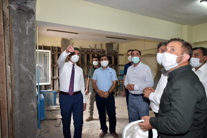 Malatya Valisi Baruş, inşaatı devam eden eğitim ve sağlık yatırımlarını inceledi