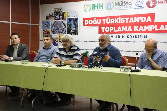 """""""Doğu Türkistan'da Adım Adım Soykırım"""" raporu kamuoyu ile paylaşıldı"""