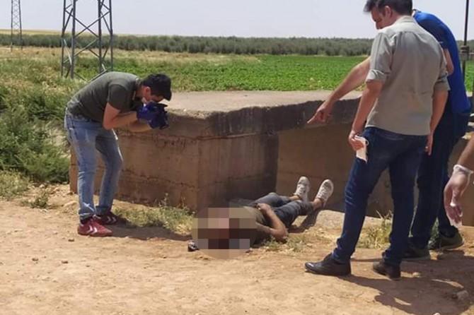 Akçakale'nin Tepecik Kırsal Mahallesi'nde 1 çiftçi bıçaklanarak öldürüldü