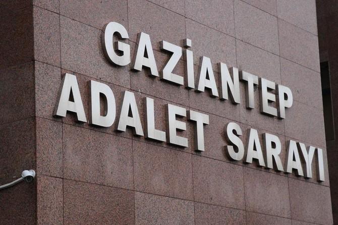 Gaziantep'te gasp ettikleri otomobille kaçan 2 şüpheli yakalandı