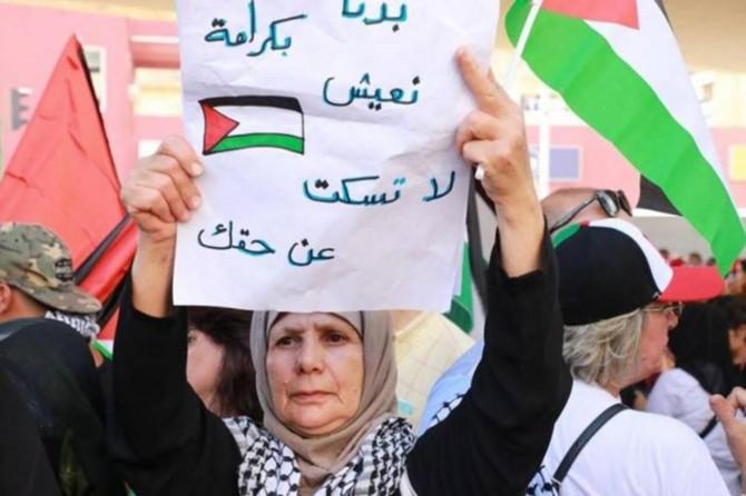 Lübnan'da yaşayan yabancılara dolar alma yasağı getirildi