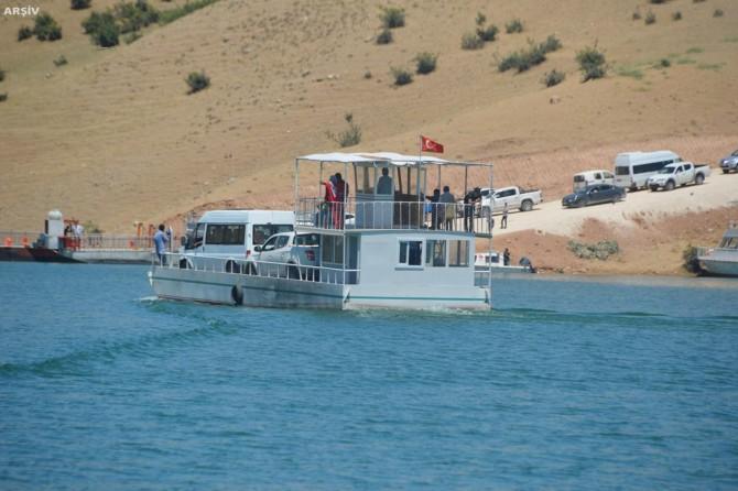 Ilısu Barajında tekneciler arasında kavga: 6 yaralı