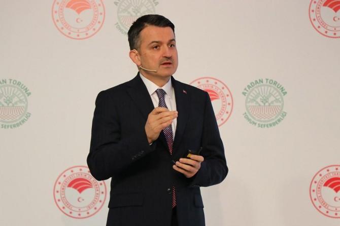 """Bakan Pakdemirli: """"Dijital Tarım Pazarı'nda 100 milyon liranın üzerinde ciro"""""""