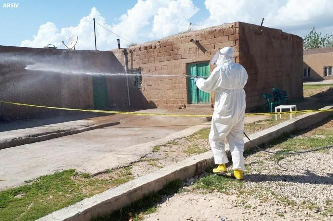 Malatya'da 3 pozitif vakanın tespit edildiği kırsal mahalle karantinaya alındı