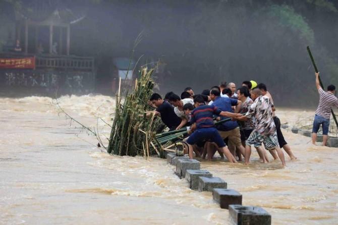 Moğolistan'da sel: 8 kişi öldü