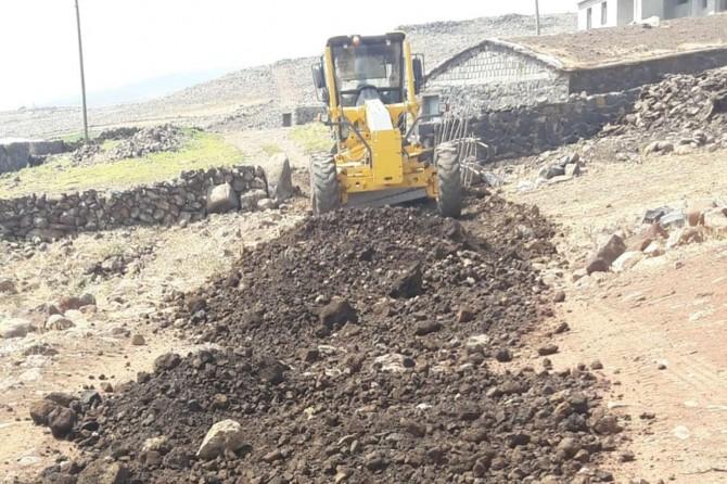 Diyarbakır Karacadağ eteklerindeki mezralar yeni hizmetlerle tanışıyor