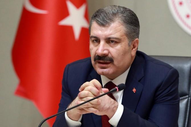 """Sağlık Bakanı Koca: """"Vaka artışları tedbirlerin gücüyle azalacağını düşünüyoruz"""""""