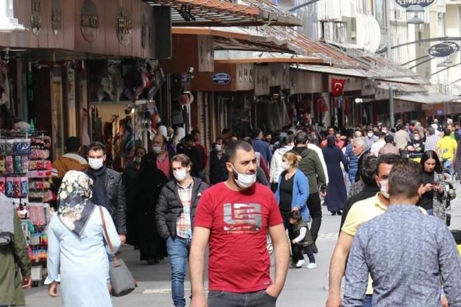 """Gaziantep Valisi Gül: """"Şehrimizdeki vaka artışı tehlikeli boyuta ulaşıyor"""""""