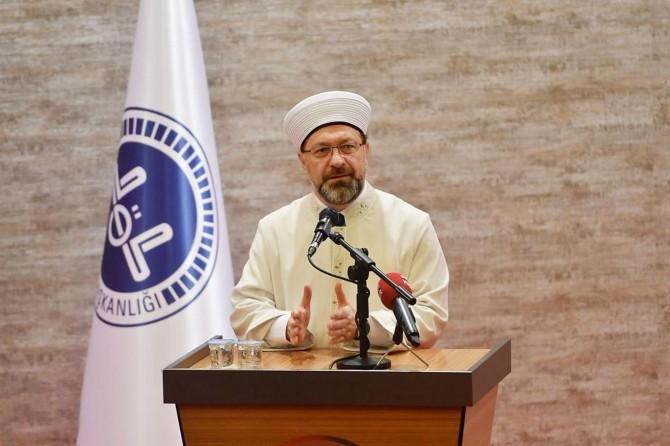Diyanet İşleri Başkanı Erbaş'tan Covid-19 normalleşme süreciyle ilgili talimat