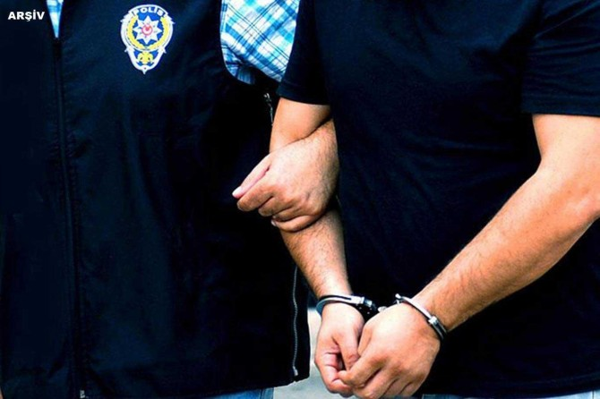 Ankara'da son 2 haftada çeşitli suçlardan aranan 225 kişi tutuklandı