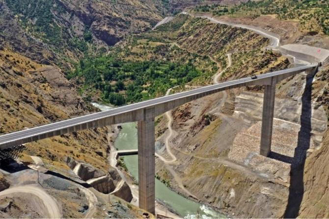 Türkiye'nin en yüksek köprüsü 11 Temmuz'da açılıyor