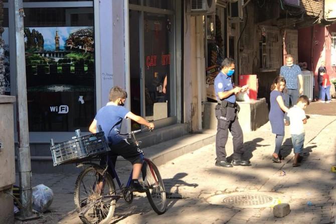 Diyarbakır Sur'da kahvehaneye ateş açıldı: Bir çocuk öldü, 3 yaralı