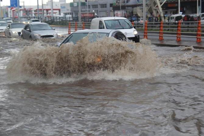 Meteorolojiden kuvvetli yağış ve rüzgâr uyarısı