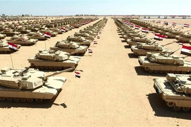 Mısır ordusu Libya sınırında tatbikat başlattı