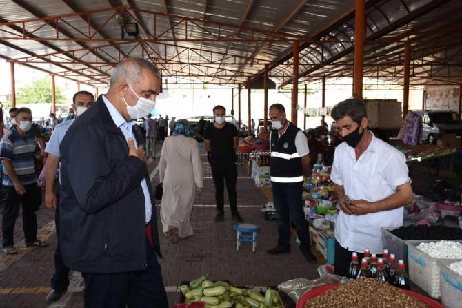 Şanlıurfa Hilvan Belediye Başkanı Bayık semt pazarı esnafını ziyaret etti