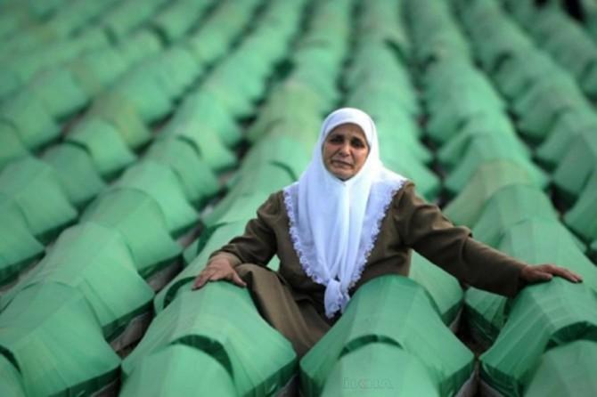 Büro Memur-Sen'den Srebrenitsa katliamına kınama
