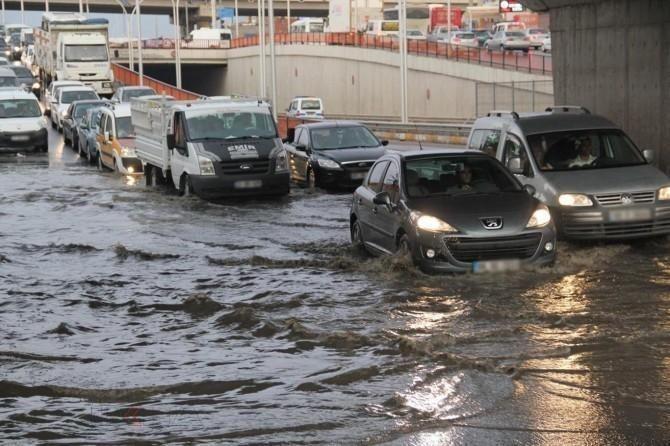 Erzurum, Kars, Ardahan, Ağrı ve Iğdır çevrelerinde yerel kuvvetli yağış bekleniyor