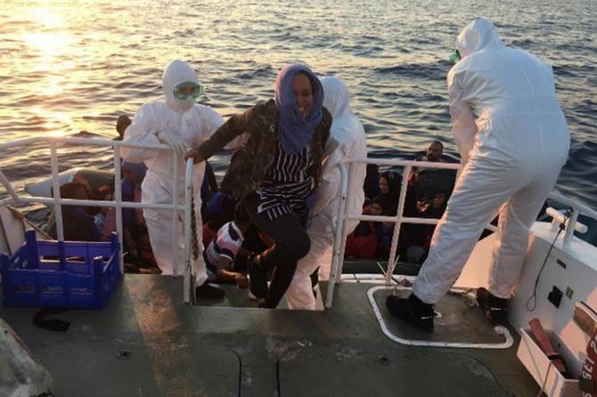 Sahil Güvenlik Komutanlığı: 554 düzensiz göçmen yakalandı